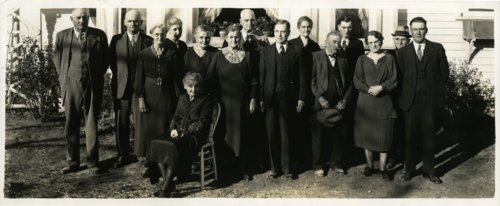 Reunion for the Thoes family, Alma, Kansas - Page