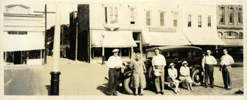 Palenske family at Osage City, Kansas - Page
