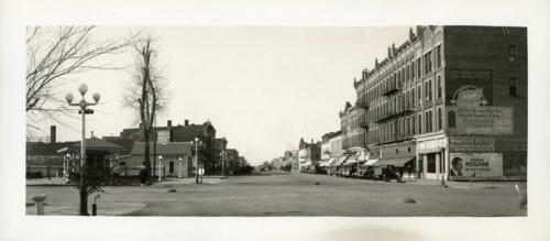 Street scene, Garden City, Kansas - Page