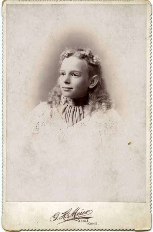 Cabinet card of Minnie Palenske Zwanziger - Page