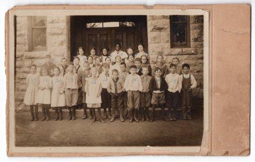 Lecompton 3rd and 4th Grade, 1909, Lecompton, Kansas - Page