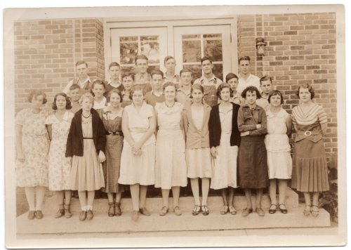 1932-1933 Freshman Class of Lecompton Rural High School, Lecompton, Kansas - Page