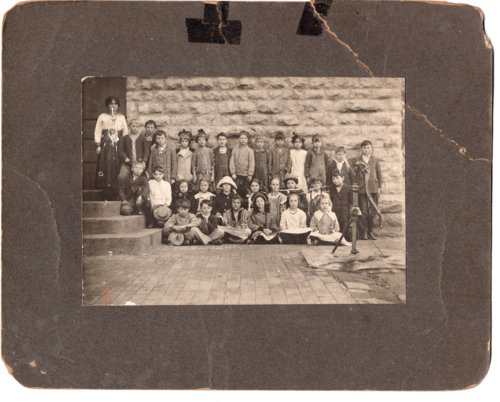 1914 Lecompton Fourth Grade; Lecompton, Kansas - Page