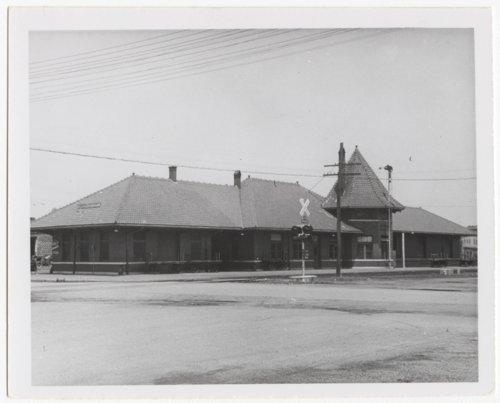 Missouri-Kansas-Texas Railroad depot, Coffeyville, Kansas - Page
