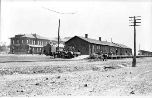 Atchison, Topeka and Santa Fe Railway Company depots, Dodge City, Kansas - Page