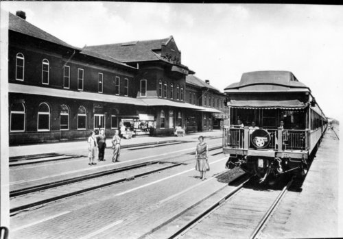 Atchison, Topeka and Santa Fe Railway Company depot, Dodge City,Kansas - Page