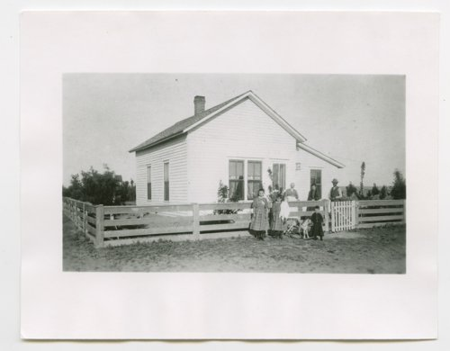 Thomas Pearl home, Lakin, Kearny County, Kansas - Page
