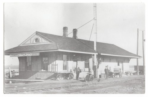 Missouri Pacific Railroad depot, Gypsum, Kansas - Page