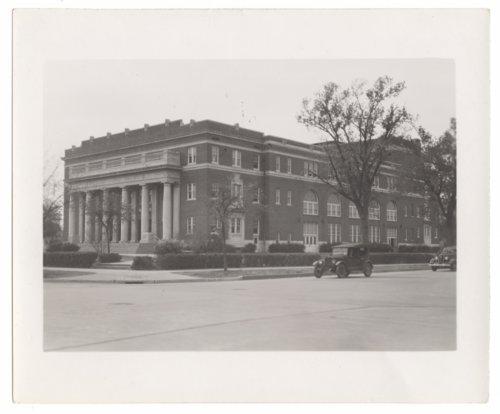 Memorial Hall, Salina, Kansas - Page