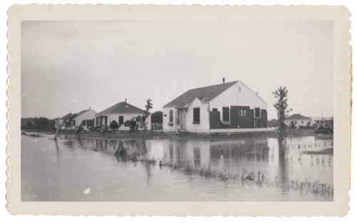 1951 flood scenes in Topeka, Kansas - Page