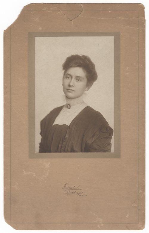 Julia Lofgren - Page
