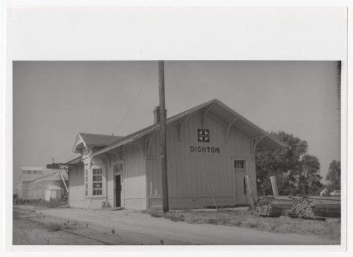 Atchison, Topeka and Santa Fe Railway Company depot, Dighton, Kansas - Page