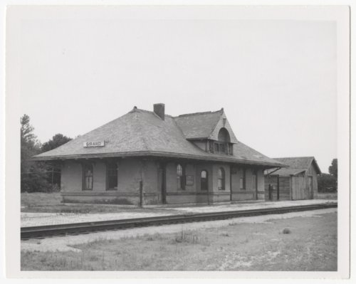 St. Louis-San Francisco Railway depot, Girard, Kansas - Page