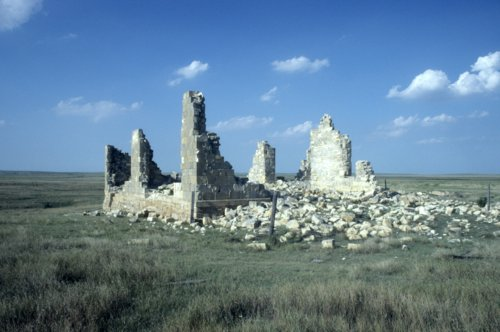 Ruins from Ravanna in Finney County, 14FY302 - Page