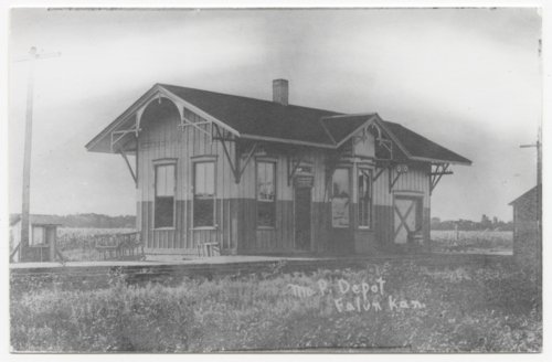 Missouri Pacific Railroad depot, Falun, Kansas - Page