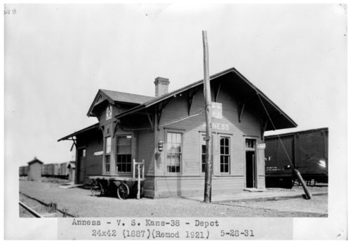 Atchison, Topeka & Santa Fe Railway Company depot, Anness, Kansas - Page
