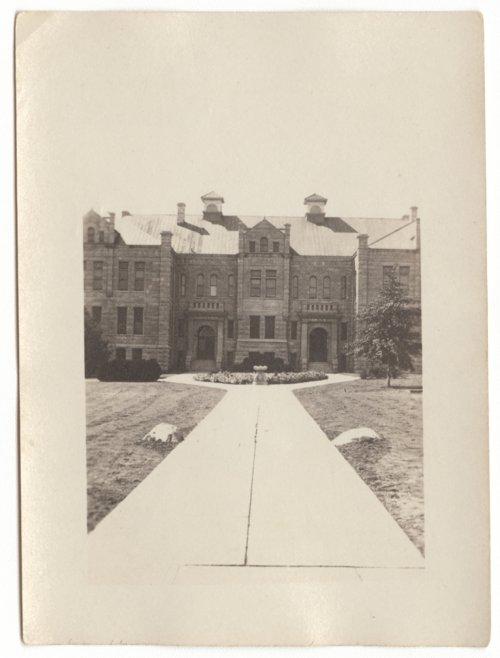 Calvin Hall, Kansas State University in Manhattan, Kansas - Page