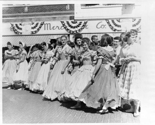 Centennial parade scenes, Salina, Kansas - Page