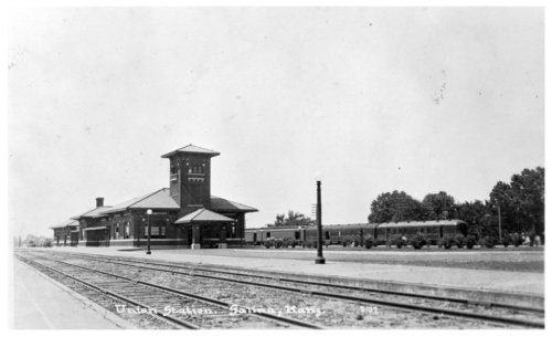 Union Station depot, Salina, Kansas - Page