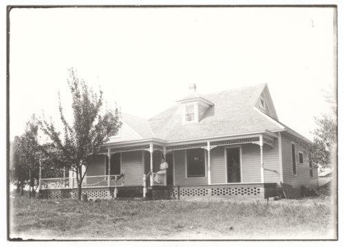 Farmhouse near Buffalo, Wilson County, Kansas - Page