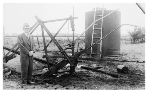 Senator C. R. Ming at the Skiles Oil Well no. 2, Wilson County, Kansas - Page