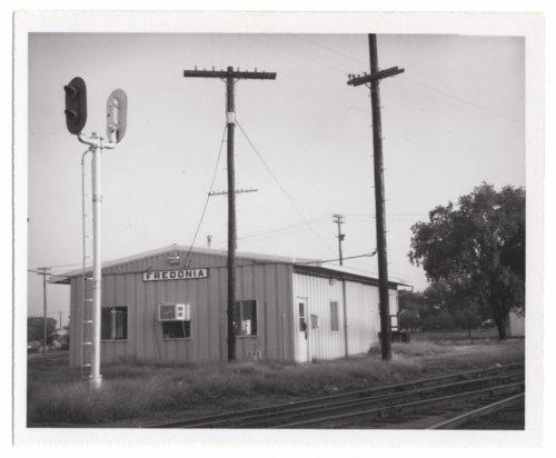 St.Louis-San Francisco Railway Company depot and Atchison, Topeka & Santa Fe Railway Company depot, Fredonia, Kansas - Page