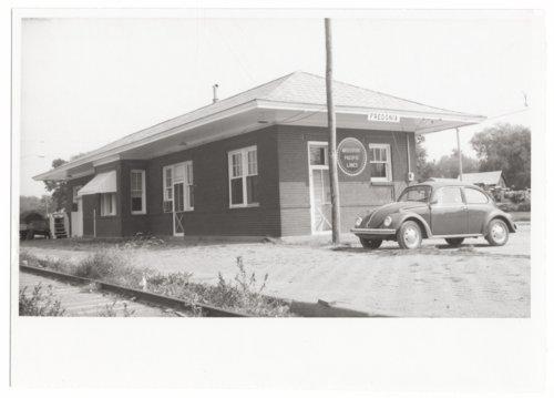 Missouri Pacific Railroad depot, Fredonia, Kansas - Page