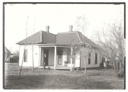 Residence of Dr. E. N. Martin, Benedict, Wilson County, Kansas - Page