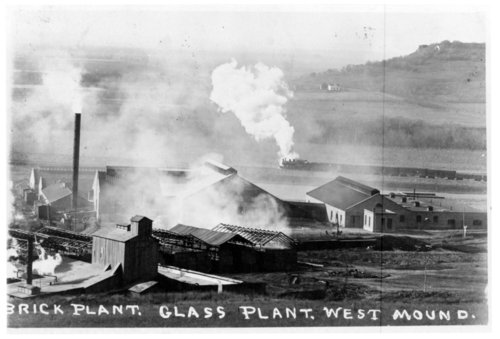 Birds-eye view of the glass and brick plants near West Mound, Fredonia, Wilson County, Kansas - Page