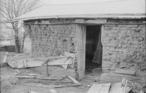 Massie sod house, Thomas County, Kansas - Page