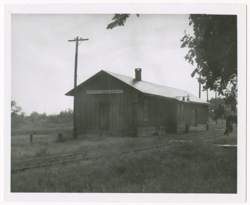 Missouri-Kansas-Texas Railroad depot, Neosho Falls, Kansas - Page