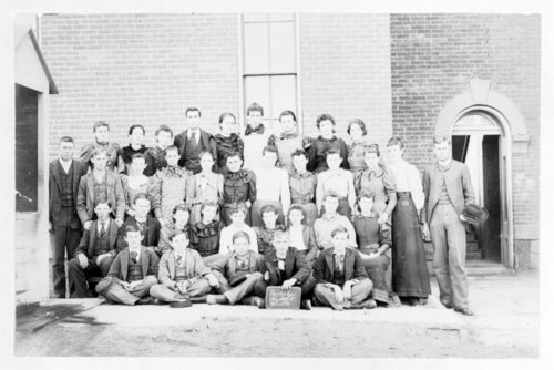 Class portrait, Neodesha High School, Wilson County, Kansas - Page