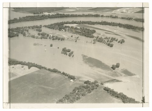 Flood of the Kaw River near Belvue,Kansas - Page