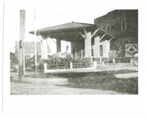 Walker W. Nash gas station photograph - Page