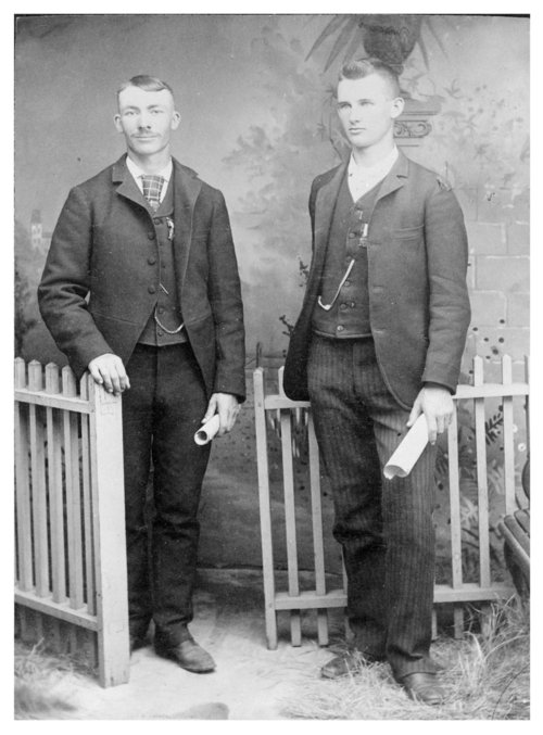 The first graduates from Colby High School, Colby, Thomas County, Kansas - Page