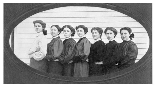 Girls of the Colby High School class of 1906, Colby, Thomas County, Kansas - Page