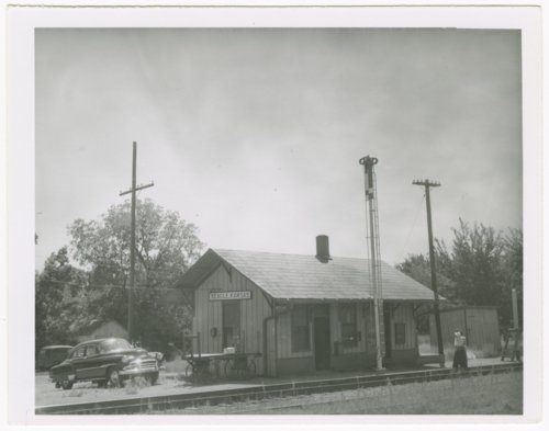 Missouri-Kansas-Texas Railroad depot, Beagle, Kansas - Page