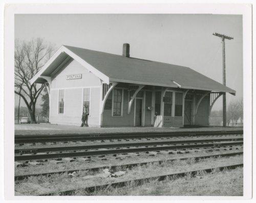 St. Louis-San Francisco Railway depot, Fontana, Kansas - Page