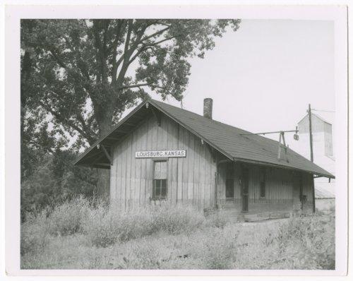 Missouri-Kansas-Texas Railroad depot, Louisburg, Kansas - Page