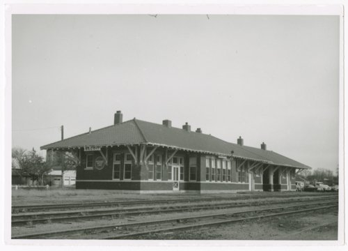 Missouri Pacific Railroad depot, Beloit, Kansas - Page
