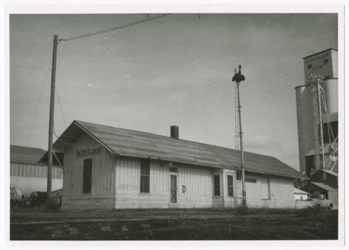Missouri Pacific Railroad depot, Glen Elder, Kansas - Page