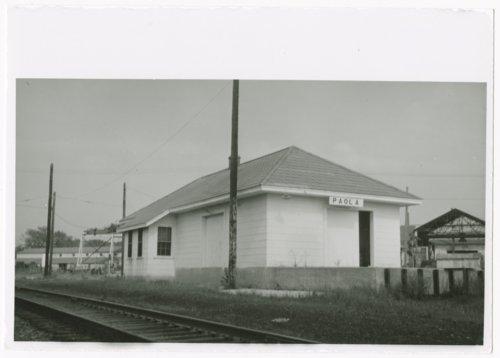 Missouri Pacific Railroad depot, Paola, Kansas - Page