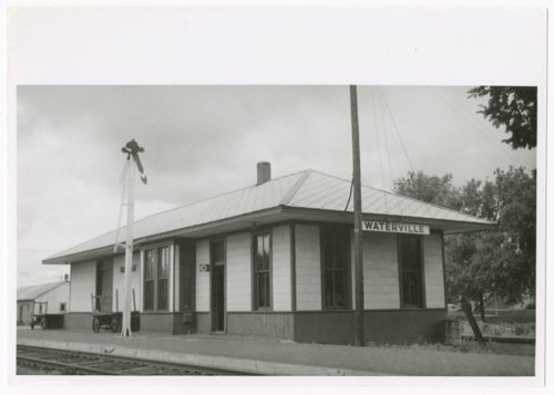 Missouri Pacific Railroad depot, Waterville, Kansas - Page