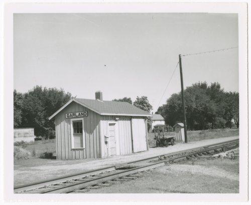 St. Louis-San Francisco Railway box depot, Garland, Kansas - Page