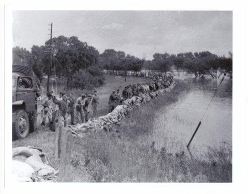 1951 flood in Topeka, Kansas - Page
