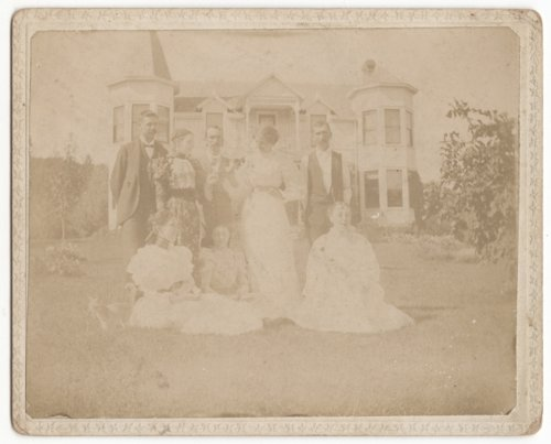 T. C. Davis family and house in Leavenworth, Kansas - Page