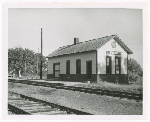 Missouri Pacific Railroad depot, Redfield, Kansas - Page