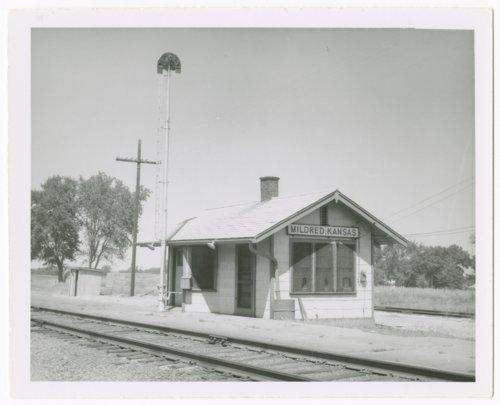 Missouri-Kansas-Texas Railroad depot, Mildred, Kansas - Page