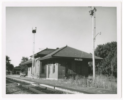 Missouri Pacific Railroad depot, Leroy, Kansas - Page