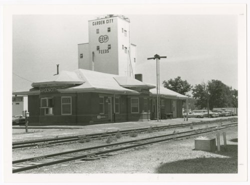 Atchison, Topeka & Santa Fe Railway Company depot, Garden City, Kansas - Page
